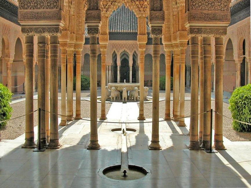 visite guid e r guli re de l 39 alhambra et generalife. Black Bedroom Furniture Sets. Home Design Ideas